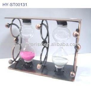 hourglass/ metal sand timer