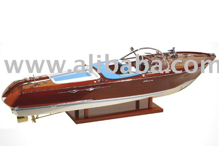 Riva Aquarama Special-Licencee Riva Model Boats,