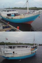 Kapal Layar Motor-Phinisi
