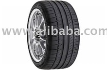Michelin Pilot Sport PS2 225 / 40zr18 Tire