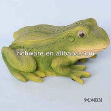 Garden solar light frog