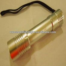 Manta Ray M2 CREE XM-L2 1400 Lumen 5-Mode LED Flashlight Silver Body (1x18650)