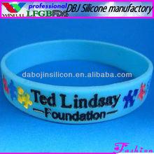 Charm Waterproof Silicone Rubber Bracelet/Wristband Chain(LFGB/FDA/CE)