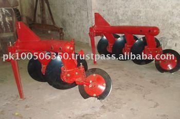 Disc Plough, chisel plough & mouldboard plough