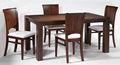 moderna sala de jantar conjunto com retangular mesa de madeira maciça