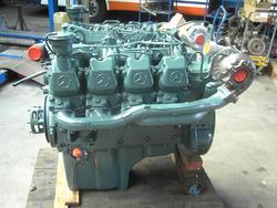 Mercedes-Benz OM442LA engine