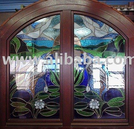 Ventanas de madera con vidrio artístico