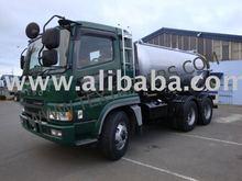 Vacuum Tanker Truck