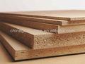 Venta al por mayor 4'x8' aglomerado/producir crudos o llano delgado panel de aglomerado con alta calidad