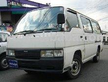 2000 Used NISSAN car Caravan Van /Wagon/RHD/128516km/Diesel/