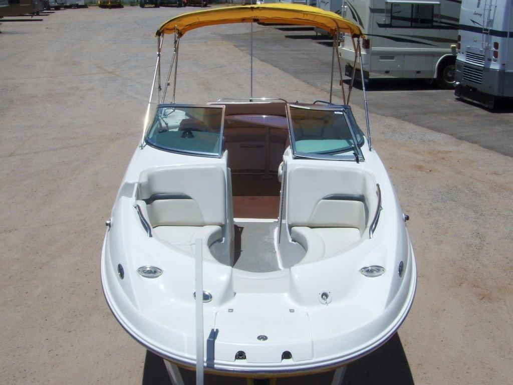 2004 Chaparral 254 SUNESTA Boat