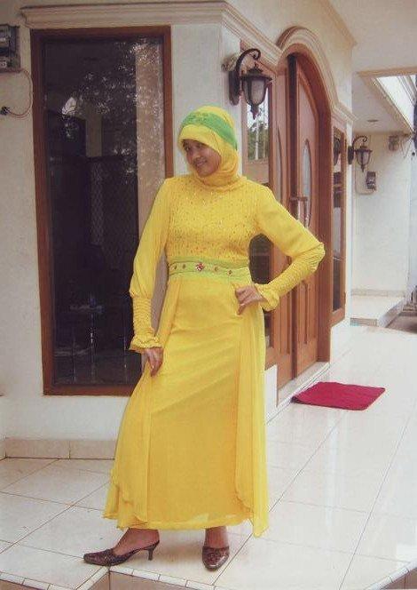 Gamis Kuning dengan bahan Hycount