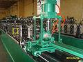 中国製cnc完全自動石膏ボードアルミ亜鉛メッキメインtバーの天井の金属加工機