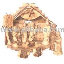 Medium size figures set Size with Medium size musical Creshe or house - grade A olive wood