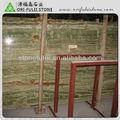 alta de bambú pulido de color verde jade