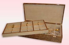 Two-storeyed case for a silver table set nut root