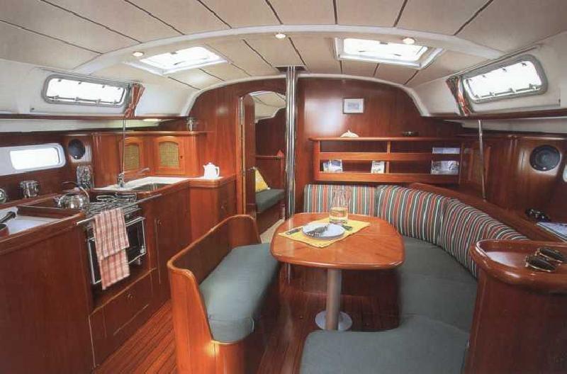 Sailing Yacht Beneteau 411. See larger image: Sailing Yacht Beneteau 411