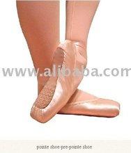 pointe shoe (pre pointe style)