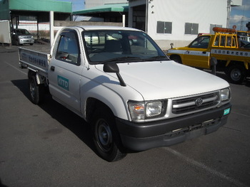 TOYOTA HILUX Pick Up Single Cabin (NO.5003) USED CAR