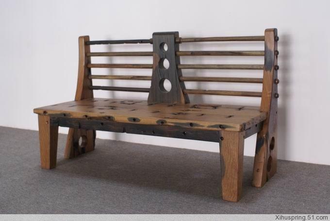 altes boots holz stellte m bel her bank im hof produkt id. Black Bedroom Furniture Sets. Home Design Ideas