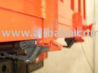 Rear door locking system