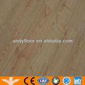 piso de madeira de cera
