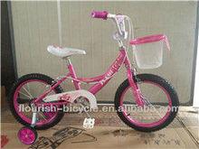 Rose enfant vélo