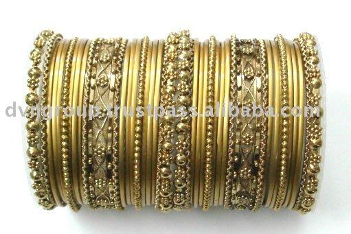 Indian Traditional Wedding Jewelry Indian Traditional Bangles - SSC chooriyon ki dukan April 2012
