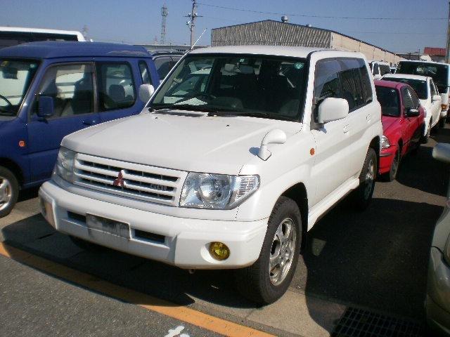 Mitsubishi Pajero Io 2006. Mitsubishi Pajero Io