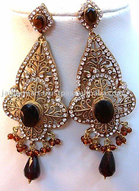 Indian wedding rhinestone crystal jewelry of Jaipur