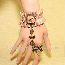 B98940 Rococo style rose flower grosgrain bracelet ring combination
