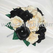 Black & Ivory Pearl Delight Bridesmaid Posy Bouquet