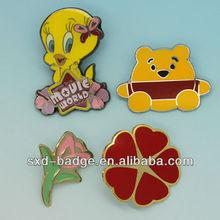 Red heart shaped metal pin badges/custom logo/free design