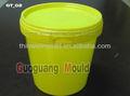 barril de plástico del molde