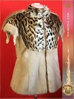 Women&#39;s Vest / decorated mink - the color of pearls, zipper, / spring / fur - mink.