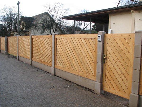 recinzioni di legno di larice siberiano-Recinzione, grata e cancelli-Id prodotto:11833630 ...