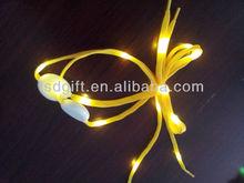 wholesale yellow led light nylon shoelaces led flashing shoelace with blue light