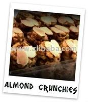 Biskut Raya Almond Crunchies