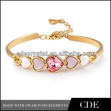 Heart shaped make crystal bracelet