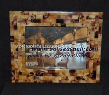 photo frame from seashell