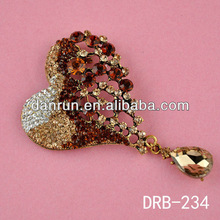 Top Grade Brooches Love shape Brooches In Crazy Promotion