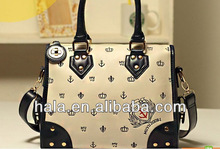 New style handbag vintage embroidery in Europe and Navy air package factory direct