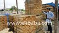 madeira serrada de acácia
