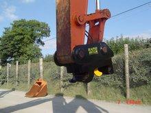 excavator quick hitch