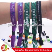 Newest arrival custom promotional wristband lock closure