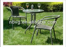 runden tisch und stuhl im freien rattanmöbel