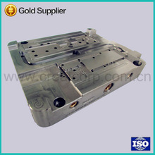 China plastic injection molding die