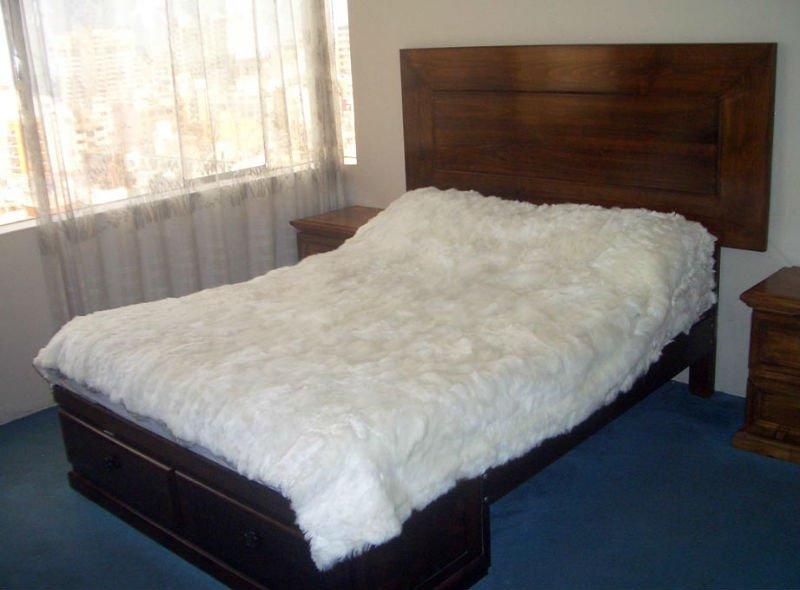 alpaga fourrure de couvre lit autres d cors maison id du. Black Bedroom Furniture Sets. Home Design Ideas