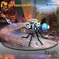 Robot statue. insectes libellule