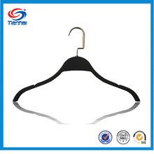 TH1050 black plastic velvet hangers wholesale/metal hook for hanger